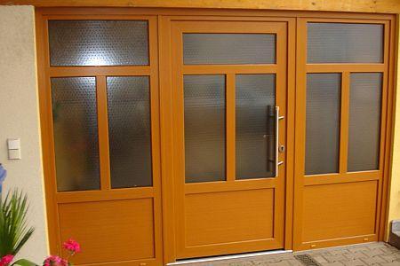 Kunststoff Haustüre mit zwei Seitenteile