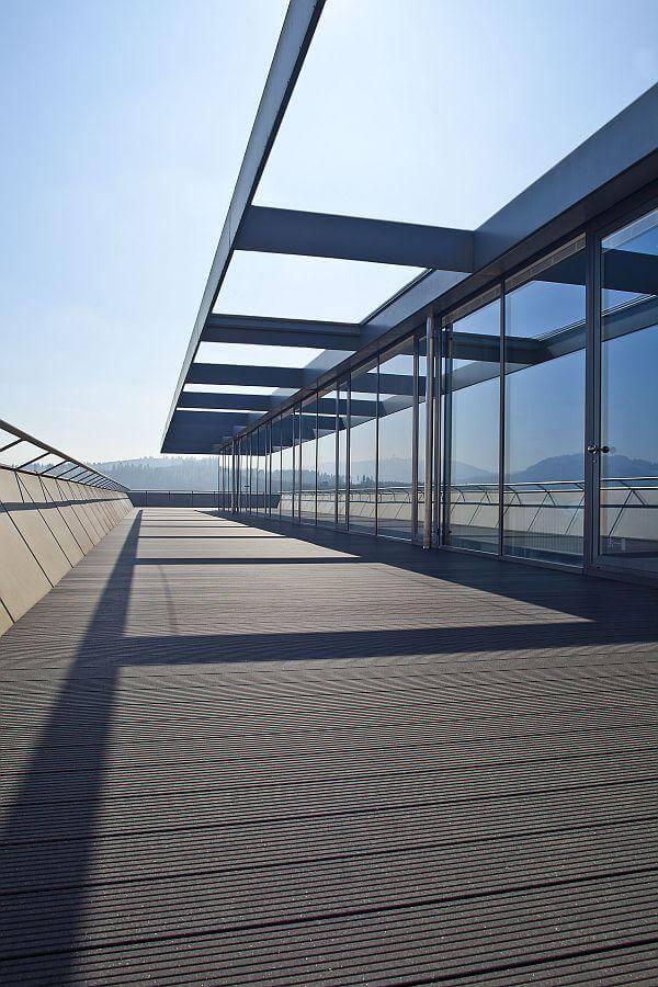 upm-profi-deck-ambiente-bild-eingang-buero