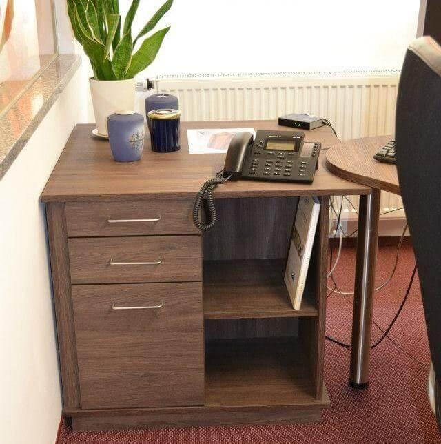 Schreibtischcontainer Möbel nach Maß